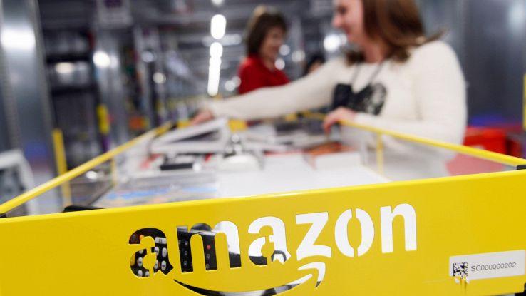 Amazon, vestito si prova prima di pagare