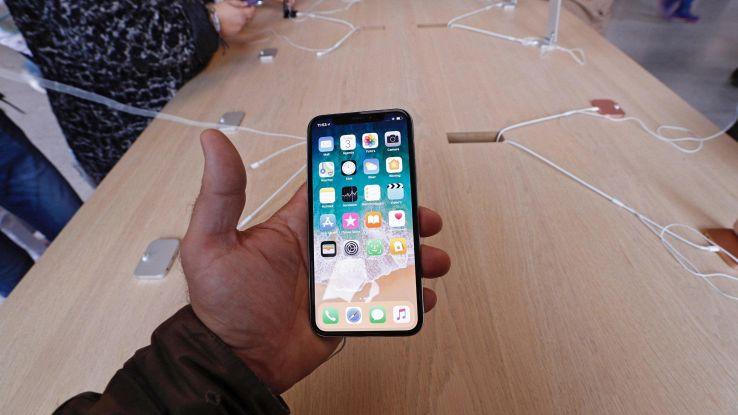 Apple abbasserà prezzi nuovi iPhone