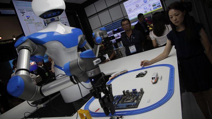 Primi robot controllati con il pensiero