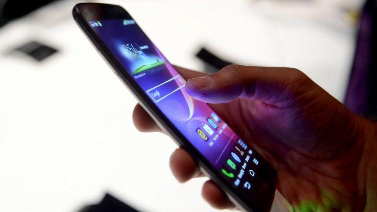 Tap su smartphone danno profilo utente