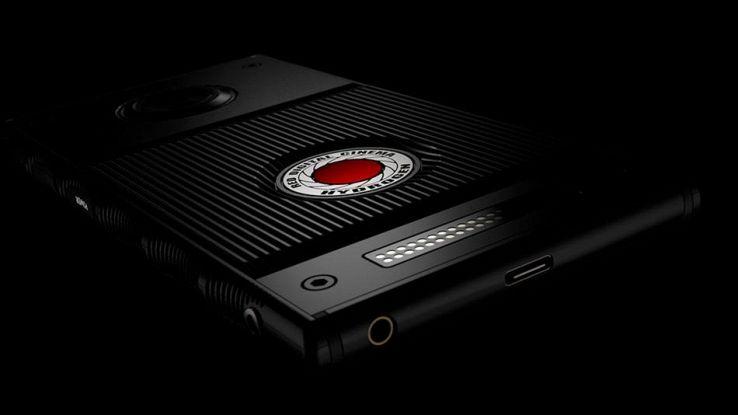 Red, in ritardo lo smartphone olografico