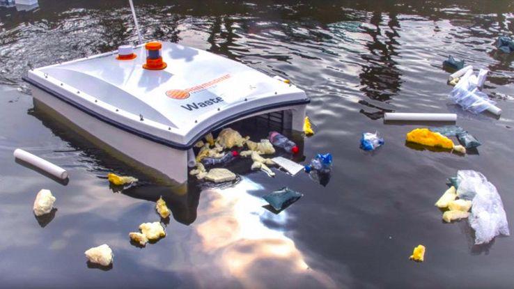 Risultati immagini per robot che pulisce i mari dalla plastica