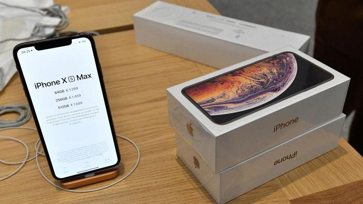 IPhone Xs Max tira 3-4 volte più dell'Xs