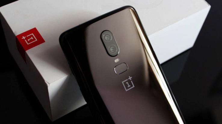 Retro di smartphone OnePlus