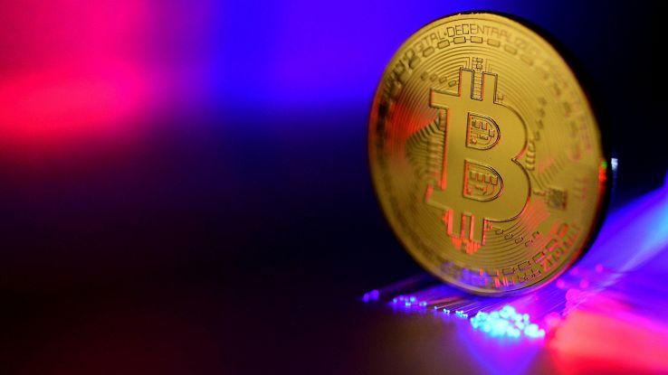 Bitcoin ha 10 anni, manifesto è del 2008