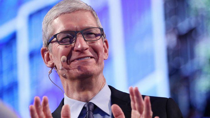 Uragani, Apple donerà per i soccorsi