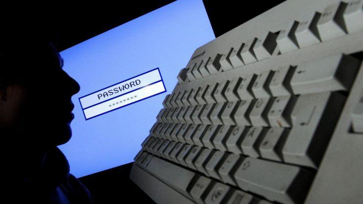 Mille attacchi hacker a istituzioni