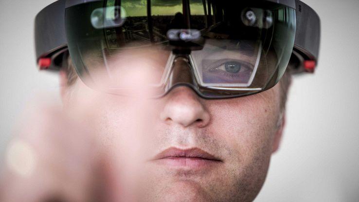 Microsoft, a esercito Usa occhiali AR