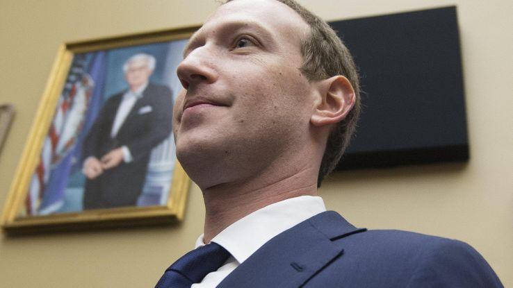 Fb voleva far pagare società per dati