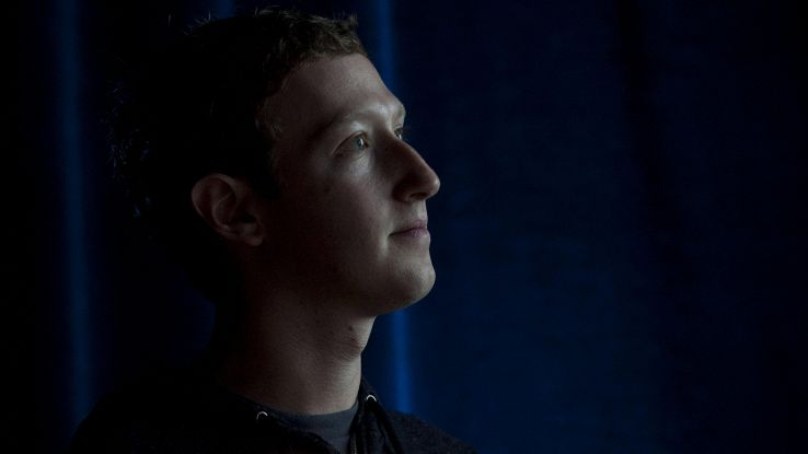 Bufera su Facebook, ignorò gli allarmi
