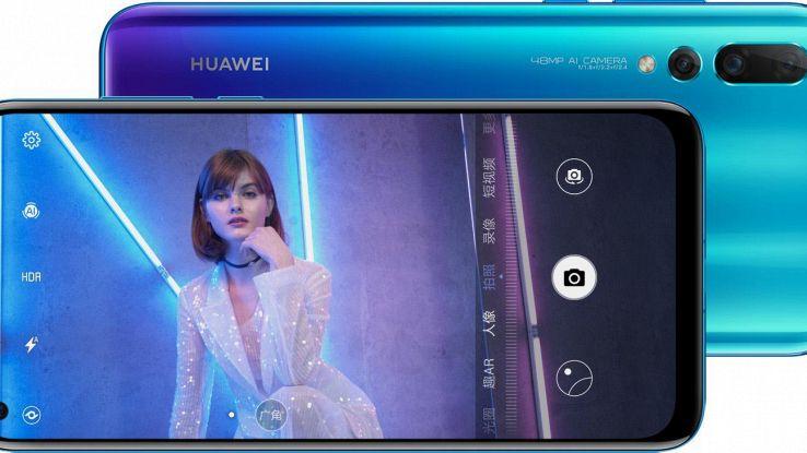 Huawei Nova 4, schermo forato e 48 mp