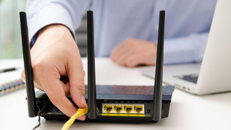 un utente configura il suo modem