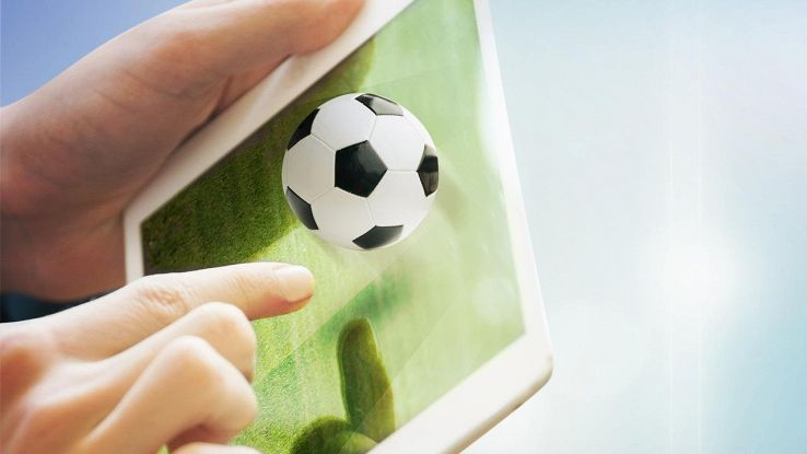 partita di calcio su tablet
