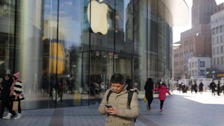 Effetto Apple, borse europee in calo