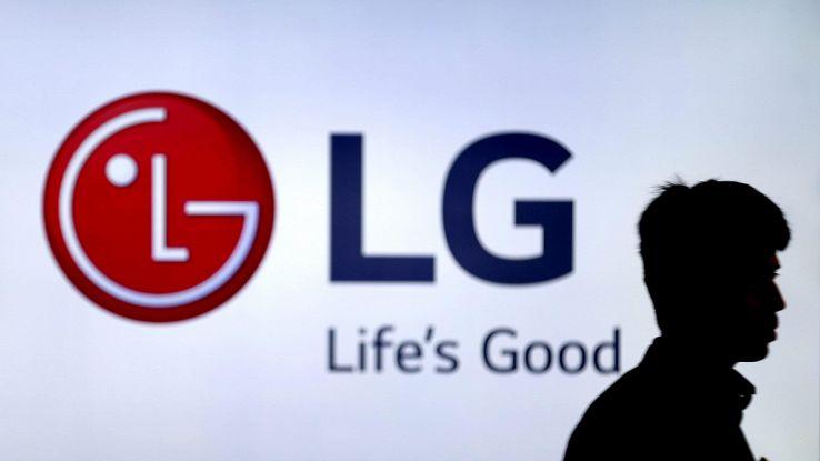 LG prepara smartphone con doppio schermo