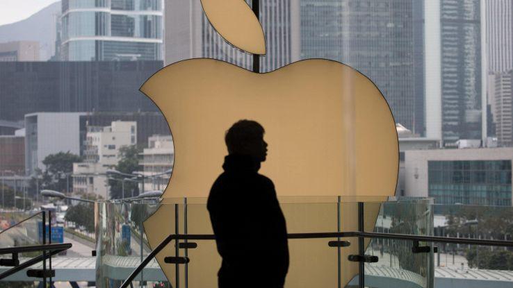 Ricavi in calo ma Apple non delude