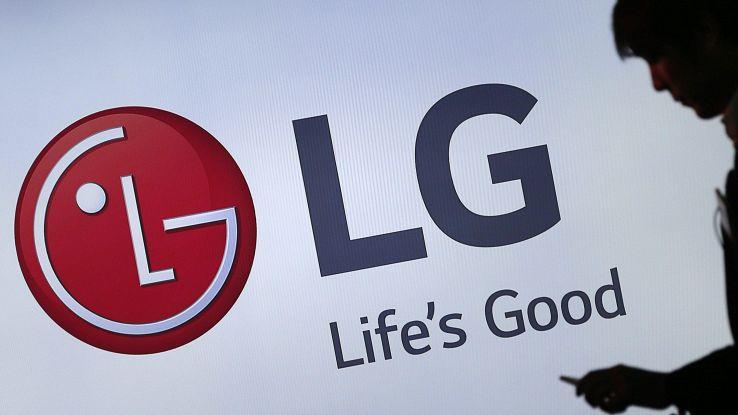 LG, il G8 avrà la fotocamera frontale 3D