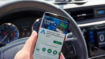 Android Auto, molti utenti stanno avendo problemi: cosa succede