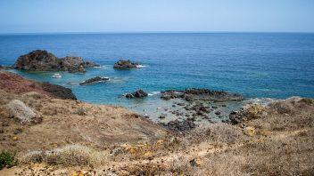 Linosa cliff