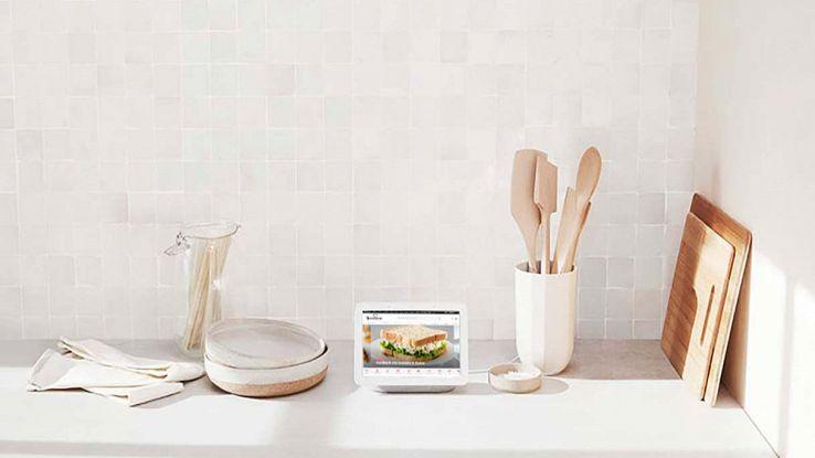 Google Nest Hub in cucina