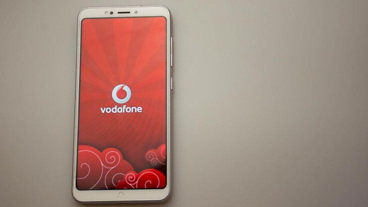 Bollette a 28 giorni, Vodafone propone sconti e 50GB di traffico dati