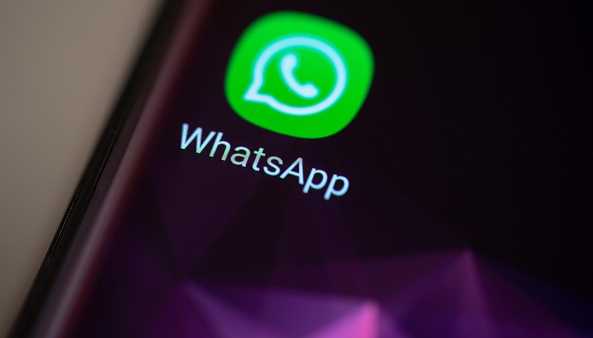 Whatsapp Come Attivare La Modalità Notte Su Android E Iphone