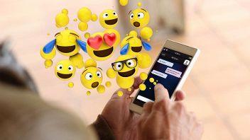 emoji-smartphone