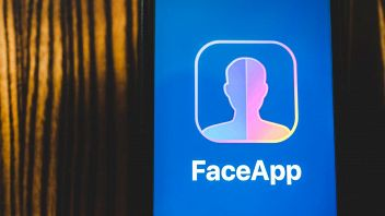 faceapp-falsa