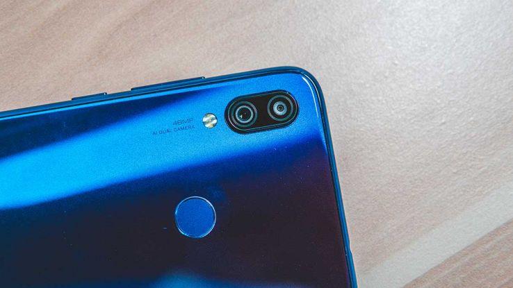 Fotocamera di uno smartphone Xiaomi