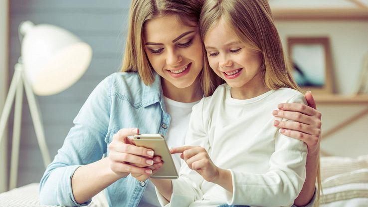 bambina smartphone