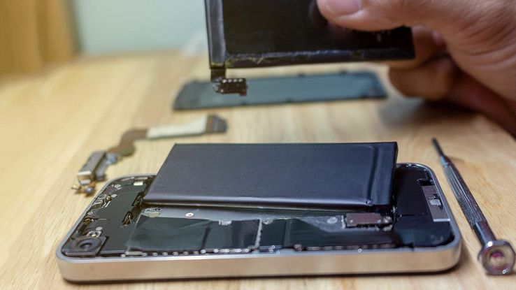 riparare batteria smartphone