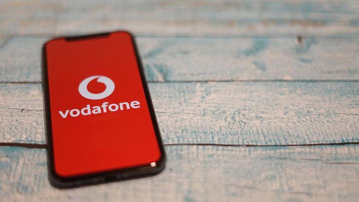 Vodafone, con la nuova Giga Ricarica 10 cambia tutto: come funziona