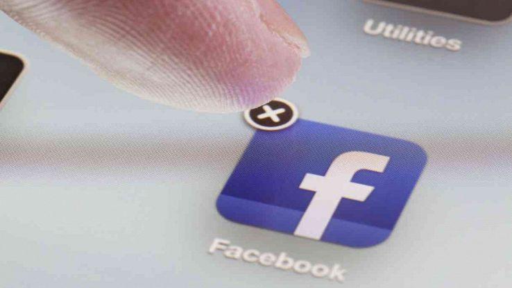 cancellare facebook