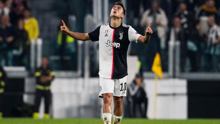 dybala festeggia un gol