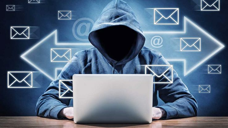 Attacco phishing hacker