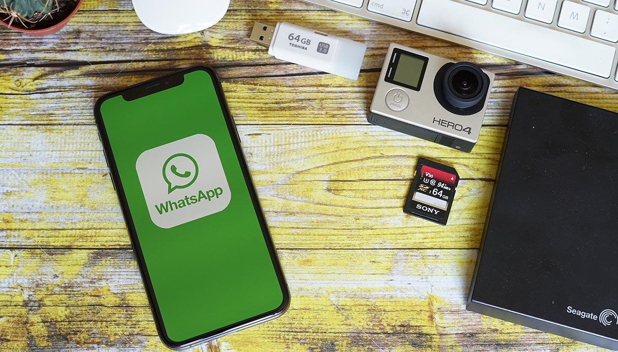 WhatsApp: da oggi puoi chattare in