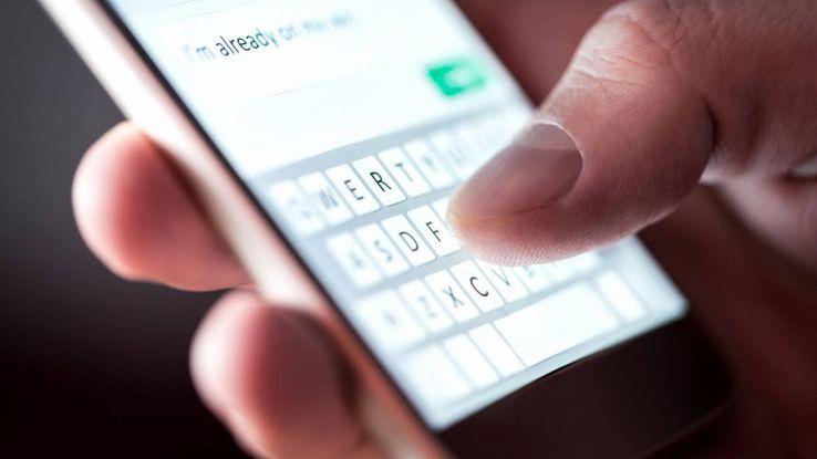caratteri tastiera smartphone
