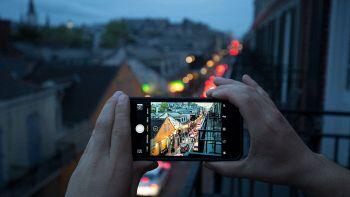 smartphone foto poca luce