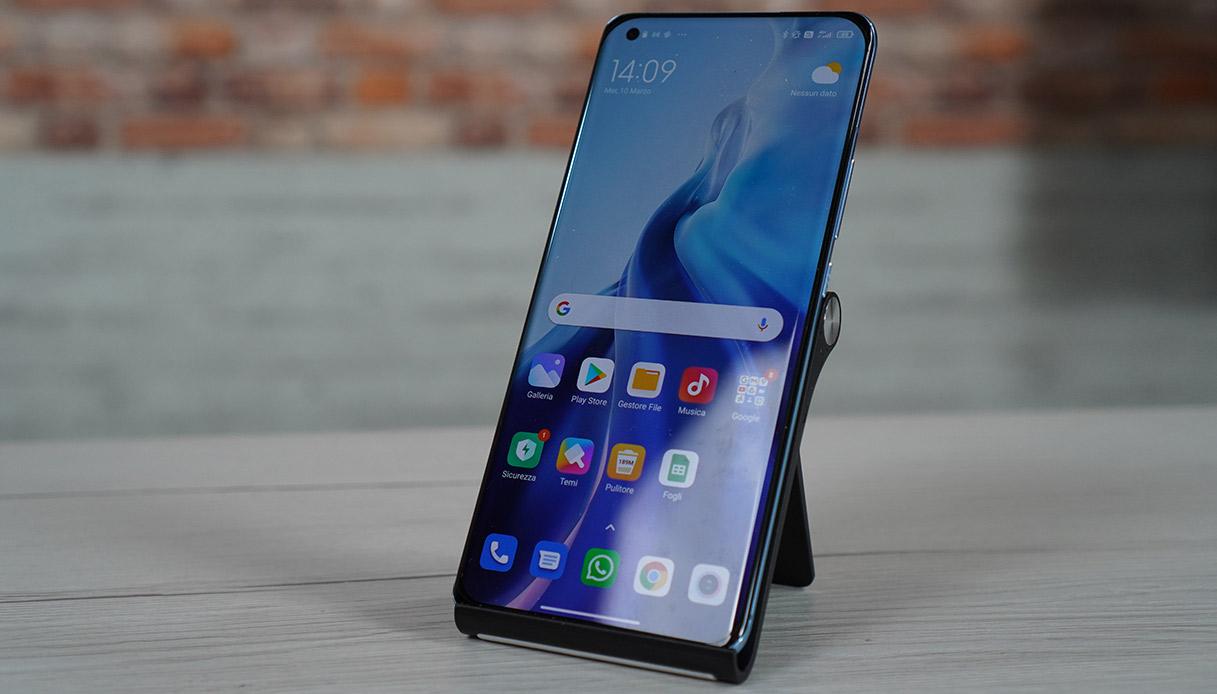 Il display dello Xiaomi Mi 11-5G,