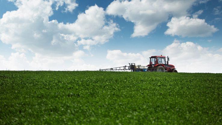 Arrivano i trattori che renderanno l'agricoltura più green