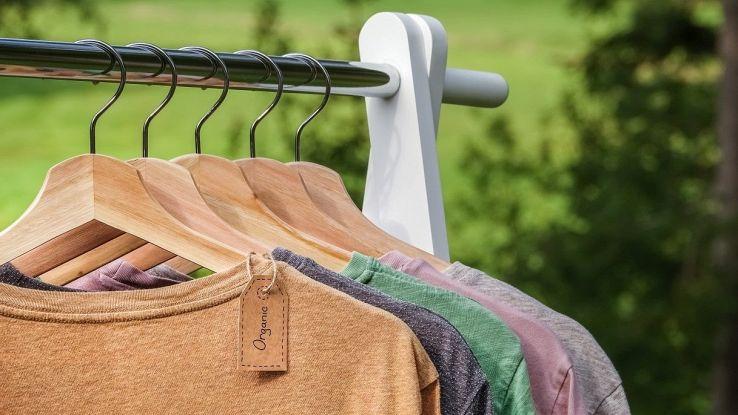 La t-shirt del futuro assorbirà l'anidride carbonica