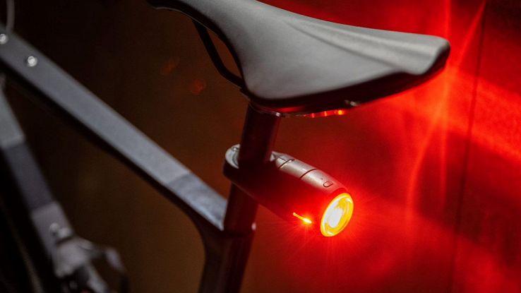 Curve, luci per bici e tracking GPS