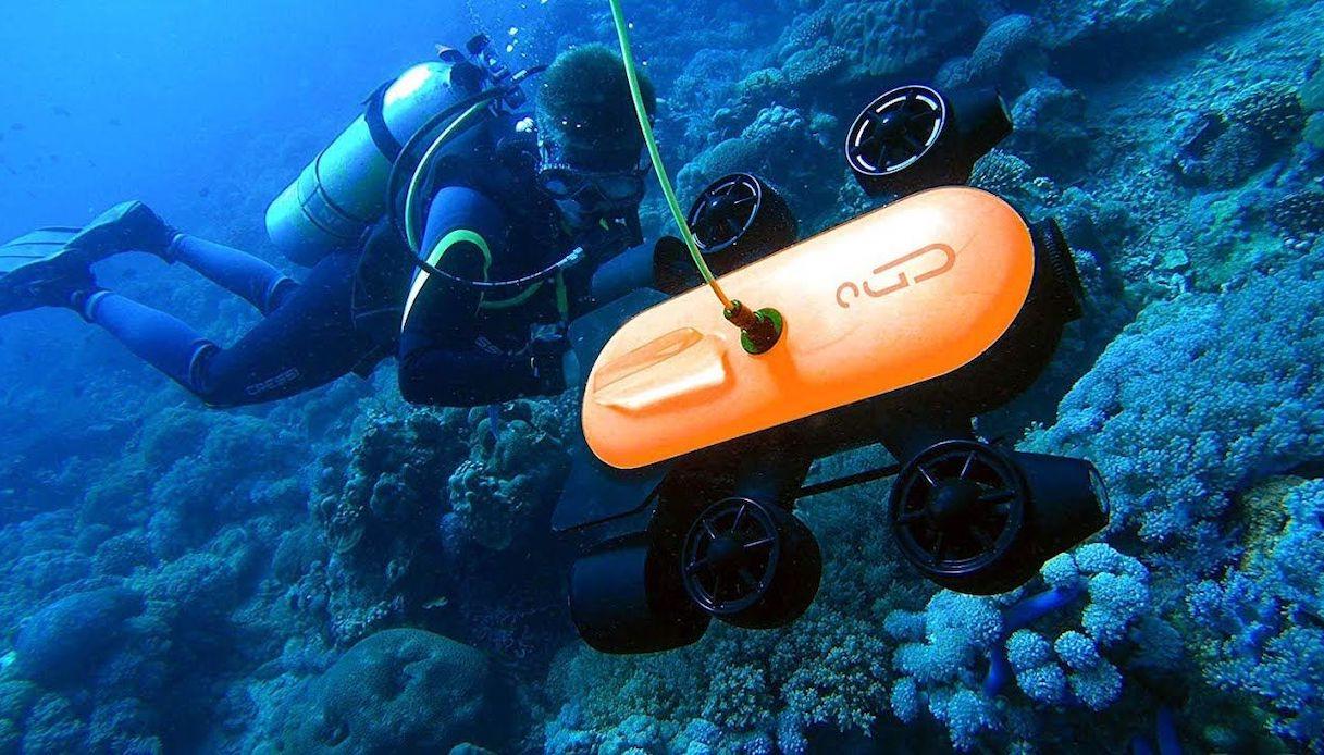 Il drone subacquee Genneino in azione