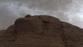 Misteriose nuvole su Marte nelle foto di Curiosity