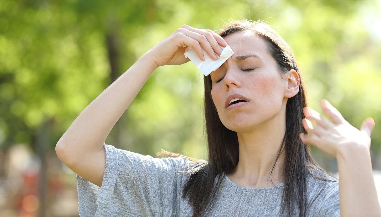 Perché l'umidità ci dà più fastidio del caldo?