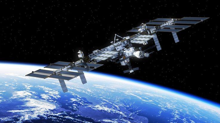 ISS nello spazio