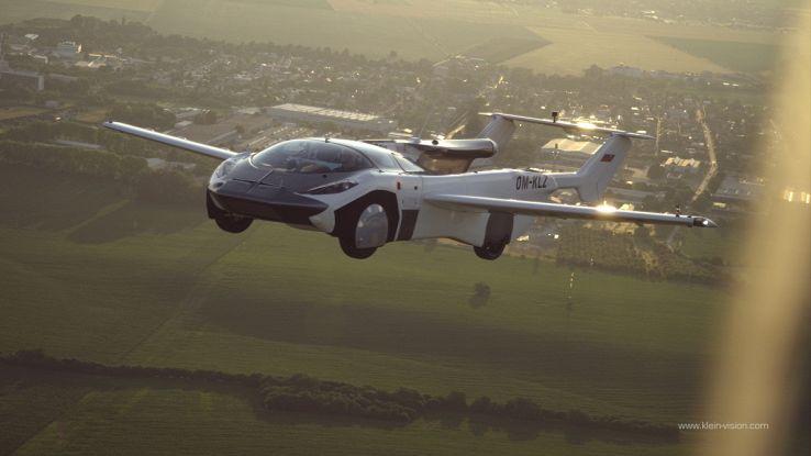 L'auto del futuro potrebbe volare, completati i test di prova