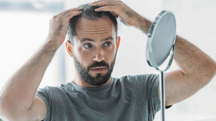 I capelli grigi possono ritrovare il colore, lo studio ribalta tutto