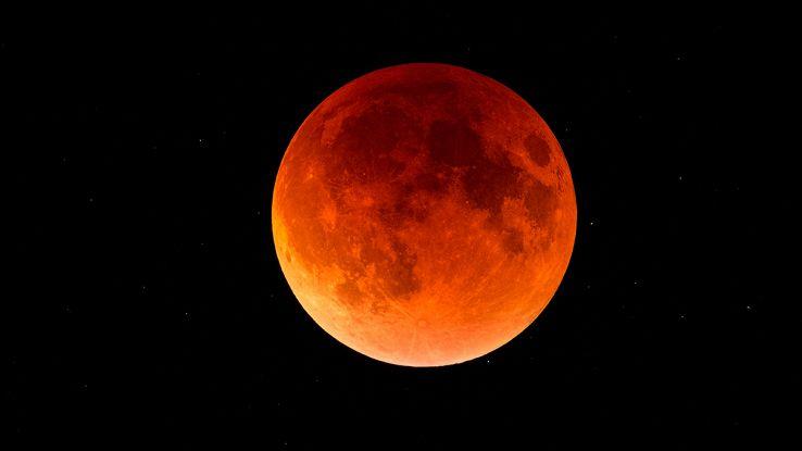 cos'è l'eclissi lunare