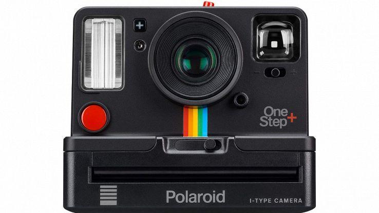 macchina fotografica polaroid